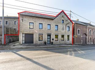 Immeuble de rapport comprenant une maison et un appartement. Chaque partie possède sa propre entrée privative. Proches de toutes commodi