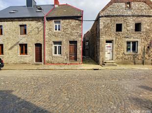 Au cur du magnifique village dOcquier, cette maison en pierre du pays vous séduira par ses volumes ainsi que son potentiel ! A réhabilit