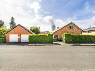 Superbe bungalow au centre d'Ampsin, dans une rue en cul de sac, venez découvrir ce bien idéal pour une grande famille et /ou un ind&eac