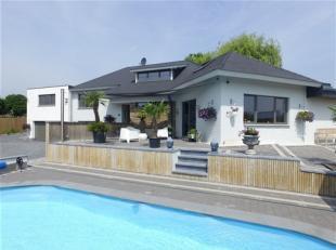 Magnifique villa récemment rénovée avec gout et matériaux de qualité et offrant tout le confort moderne (Pompes &ag