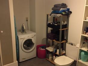 Bel appartement 1 chambre en bon état situé au rez de chaussée.