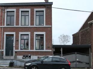 Le bureau OPPIDUM vous invite à acheter cet immeuble de rapport en ordre de permis d'urbanisme, composé de 3 appartements. Le revenu loc
