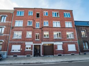 Appartement 1 chambre rénové en 2016 avec garage et cave. Situé au 3ème étage de limmeuble, lappartement se compose