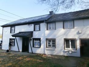 La Vaux 16, 4990 Lierneux<br />                   Cette maison 3 façades se trouve dans une rue<br /> secondaire dans le calme et a un charme e