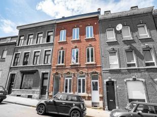 Immeuble de rapport comportant deux appartements et un duplex, offrant un beau potentiel locatif. Au rez, on trouve un appartement une chambre avec un
