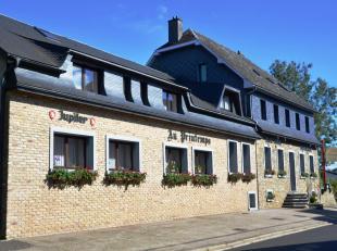 Dellenstraße, 12: Au centre du village paisible, à deux pas des promenades en forêt à pied ou à vèlo, un ensem