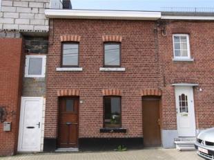 Maison ancienne jointive située à La Calamine, Rue Driesch 17 Jolie petite maison jointive avec charme située près de tout