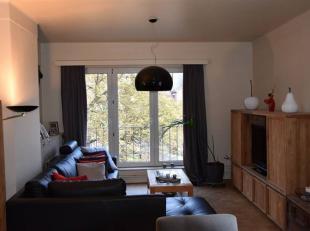 NAMUR - Place Maurice Servais, 14Bel appartement spacieux et lumineux au deuxième étage d'un immeuble de 5<br /> étages avec asce