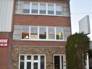 JAMBES<br /> - Avenue de la Dame, 11Immeuble de Rapport composé<br /> de deux appartements deux chambres loués en<br /> excellent &eacut