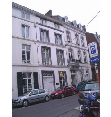 Bureaux à louer à Namur, € 790