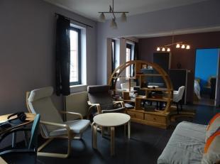 Région : Namur Superficie habitable : 50 m² Chambres : 1 Parking : 1 Garage : Terrain : are(s) Libre : à l'acte Etat : bon é