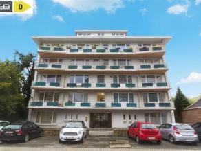 LA PLANTE... A deux pas de WEPION Magnifique appartement au rez-de-chaussée de +/- 124 m2 en parfait état.  <br /> Celui-ci comprend une