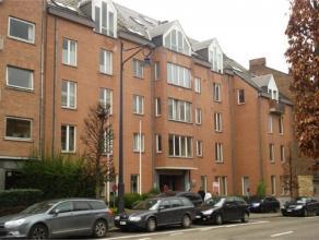 """Avenue Reine Astrid, 9 à 5000 NAMUR. Chouette appartement situé au 2e étage droit avec ascenseur de la Résidence """"Parc de"""