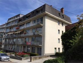 Rue Ciparisse, 11B à 5000 Namur.Bel appartement de 58 m², récemment remis à neuf, au 1er étage avec ascenseur.Compost
