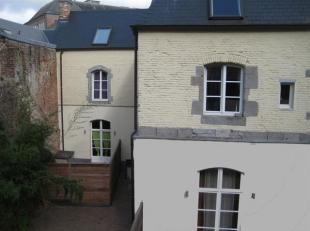 GEMBLOUX (centre) : bel appartement 1 chambre +/- 70 m² situé à proximité immédiate des commerces et des école