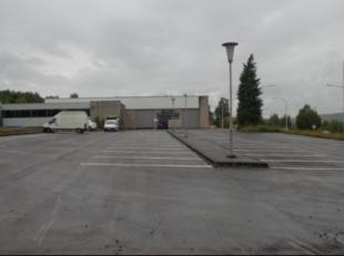 Immo Tara vous invite à découvrir 3 entrepôts de 325 m² et un entrepôt de 1000 m² (sur deux niveaux avec sanitaire