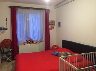 Immo Tara vous invite à découvrir un agréable et coquet appartement 1 chambre d'environ 55 m² au deuxième étag