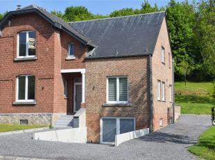 Le bureau IMMEXPERTS vous présente : <br /> Idéalement située, à 10 min de Namur et 5 min de l'E42, charmante maison r&eac