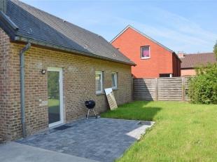 Le bureau IMMEXPERTS vous présente :<br /> Dans le charmant village de GELBRESSÉE, à proximité de Namur (10 min) et de l'E