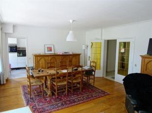 Le bureau IMMEXPERTS vous présente: <br /> Bel appartement au 1er étage d'un immeuble situé à +/- 600m de la gare des Guil