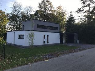 Gaty gaspar vous propose cette superbe maison idéalement située sur les hauteurs de Marche-en-Famenne dans le quartier des Rossignols. A