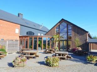 Maisons & Chalets d'Ardennes vous propose cette exceptionnelle maison de vacances sur les hauteurs de Rendeux, près de la ville touristique