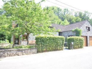 CRUPET - Mooie stenen boerderij gelegen in een van de mooiste dorpen van de Namen Condroz, 20 km van Namen en 10 minuten van de hoofdwegen (N4, E411).