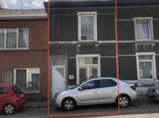 """""""SOUS OPTION"""" Faire offre à partir de 85.000,00 euros une maison 2 façades  à Monceau-sur-Sambre ,une agréable maison 2 fa"""