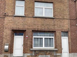 Nous vendons à Montignies -sur-Sambre une excellente  maison 2 façades au prix de 115.000,00euro comprenant au rez de chaussée :u