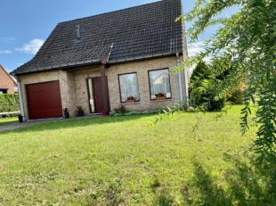 A vendre une belle Villa récente de 4 façades, lumineuse, ouverte sur un grand jardin clôturé denviron 14 ares orient&eacut