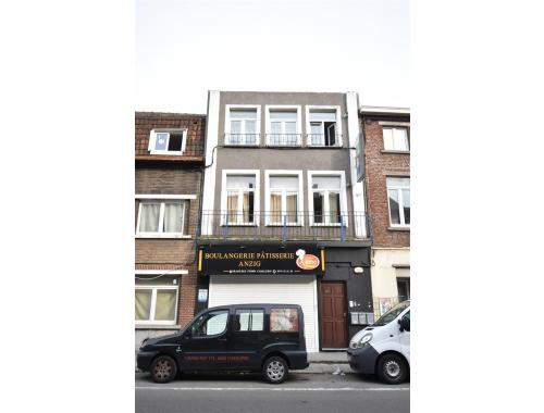Commercieel Gebouw te koop in Charleroi, € 265.000