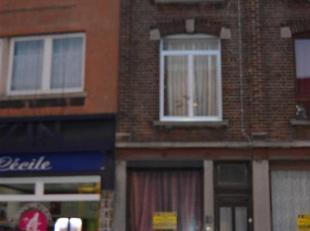 Charleroi (prox.Ville2) Mais.séj,cuis,sdb,3ch,gren.rangmt,cour. Peb E 397 kwh/m²/an.Ofàpd 70 000 euro(s) Immo Stillavati 071/41.45.