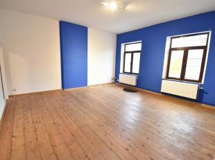 L'immobilière Stillavati à le plaisir de vous présenter un Superbe et spacieux Duplex qui se compose au 1er étage : un s&e