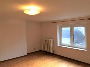 Appartement au centre-ville, à deux pas du Boulevard Tirou<br /> L'appartement est situé au 4ème étage (avec ascenseur) et