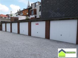 Charleroi Nord  <br /> 1 boxe de garage à louer uniquement pour véhicule, remorque ou moto -  libre de suite <br /> Ce garage se trouve