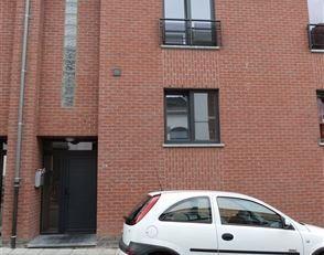 SOUS OPTION - Maison bel étage proche du centre de Mont-sur-Marchienne , des axes autoroutiers et des transports en commun<br /> LIBRE LE 15.09