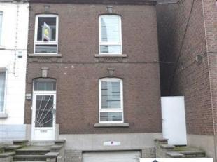 POSSIBILITE DE FAIRE OFFRE A PARTIR DE 119.000 <br /> Charmante maison trois façades disposant d'un beau jardin et d'un garage, située &