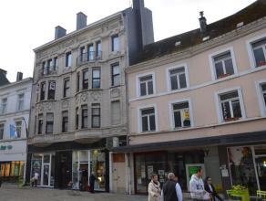 Situé dans le centre d'Arlon, au deuxième étage d'un immeuble de caractère et de qualité, appartement de 90 m²