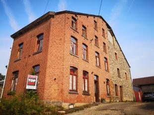 Ancienne ferme rénovée, sise dans le petit village de Rencheux, sur la commune de Vielsalm. Beaux volumes, 6 chambres, 2 salles de douch