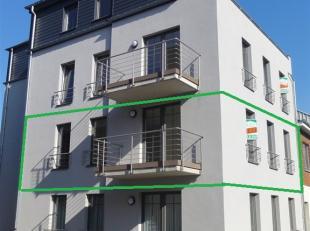 Nieuw appartement gelegen in het hartje van Bastogne, in een residentie van 4 appartementen. Zeer lichtgevend appartement met een leefplaats naar het