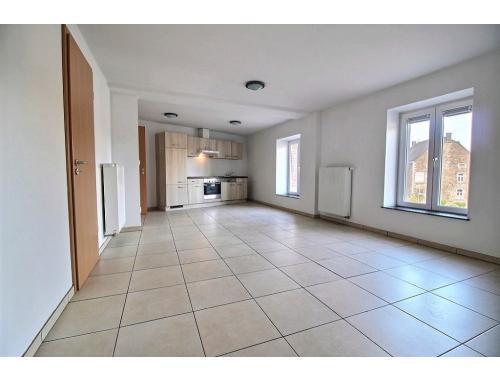 Appartement te huur in Libin, € 550