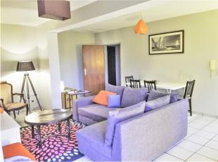 Agréable appartement une chambre, situation idéale à proximité du centre ville, de la gare, arrêts de bus et grands