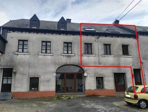 Appartement duplex avec terrasse et jardin Superficie habitable : +/-150m² Revenu cadastral : 437euro CompositionRez : hall d'entrée, cave