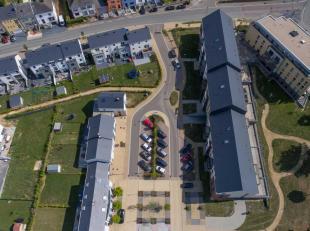 Cet appartement 3 chambres de 101.42 m² avec terrasse (17.05 m²) fait partie du Domaine de l'Aurore. Ce domaine est idéalement locali