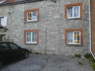 www.antoineimmo.be- 0477/52.10.65- immeuble composé de 3 appartements 2 chambres situé dans une petite rue calme à proximit&eacut