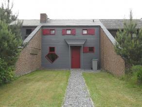 Petite maison mitoyenne avec jardin entre Barvaux et Wéris. <br /> Cette habitation se compose comme suit:<br /> Rez: Séjour avec po&eci