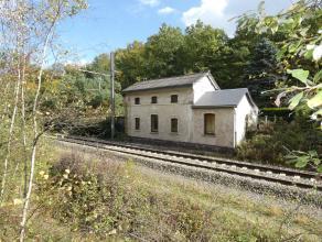 BARVAUX: Ancienne gare aménagée en habitation (à rafraîchir) composée d'un salon, sam, cuisine, véranda, bure