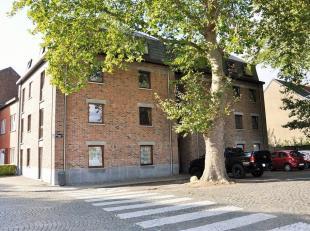 Agréable appartement dans un immeuble entièrement rénové en 2011, sur les bords de la Dendre, Situé au 3ème