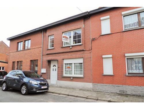 Maison à vendre à Flénu, € 90.000