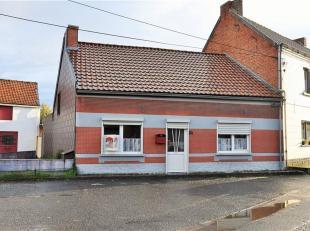 OFFRE FERME ACTUELLE 135.000euro Spacieuse maison d'habitation de plain-pied 3 façades pour 3a 35ca à rafraichir avec grand garage (60m&